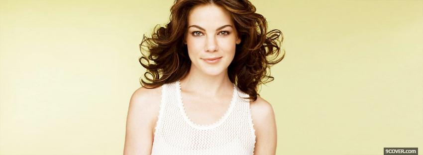 Photo celebrity michelle monaghan smirking Facebook Cover for Free