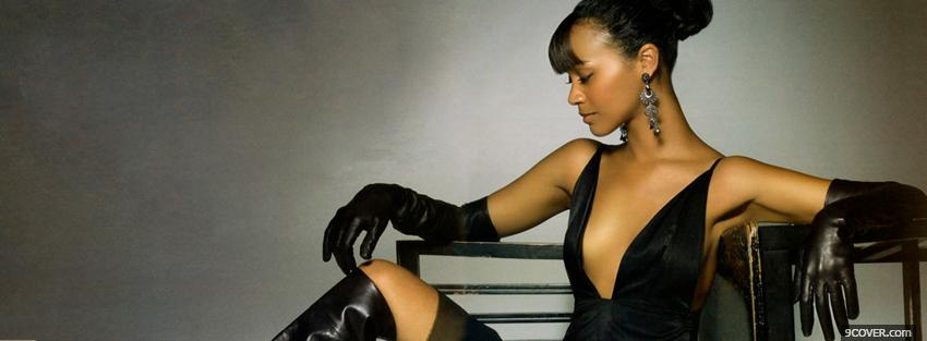 Photo elegant celebrity actress zoe saldana Facebook Cover for Free