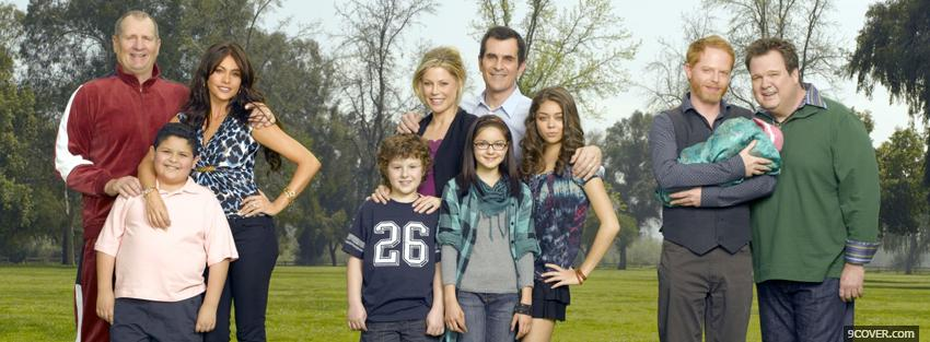 Photo modern family season 1 Facebook Cover for Free